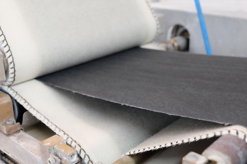 Power paper for storing solar energy paper pressing method